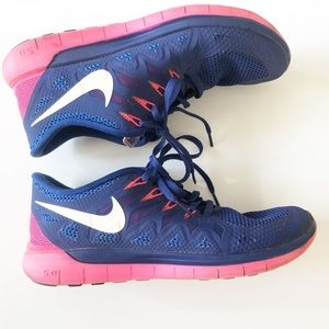 Nike Free purple/pink in good condition. Size 9.5